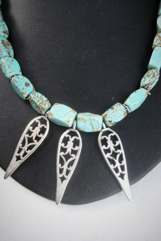 TURQUOISE NECKLACE Large Photo