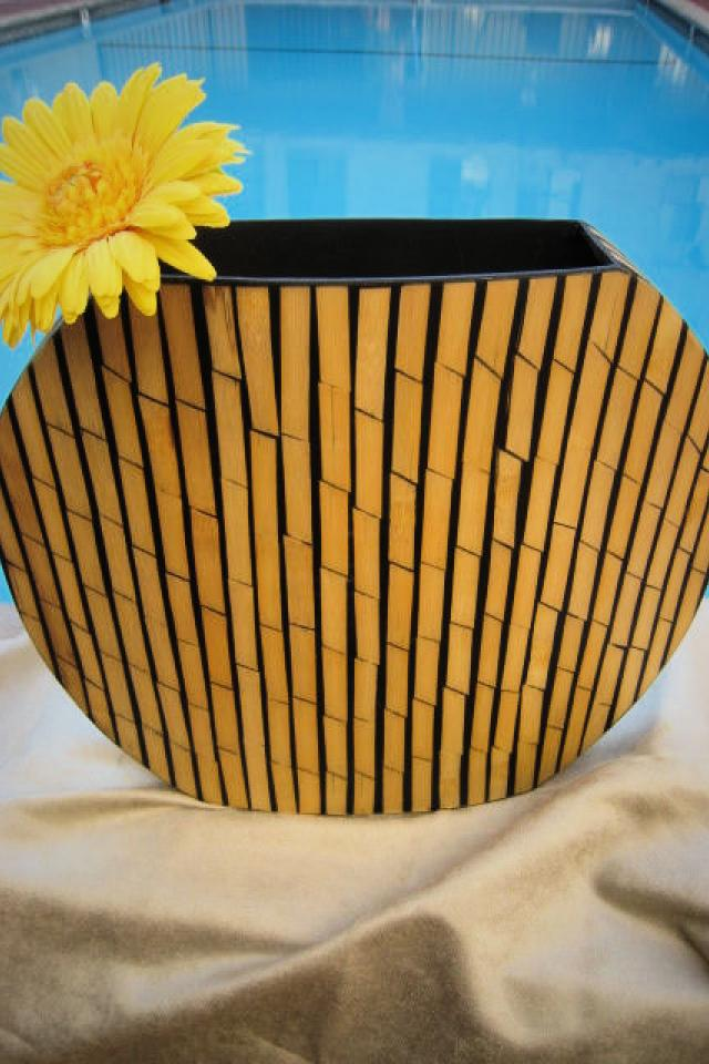 BAMBOO ROUND VASE Large Photo