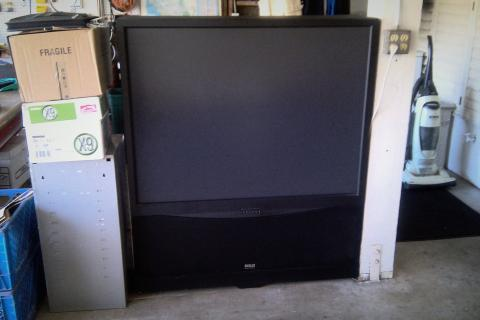 RCA big screen tv - $100 (HB off Warner and Bolsa Chica) Photo
