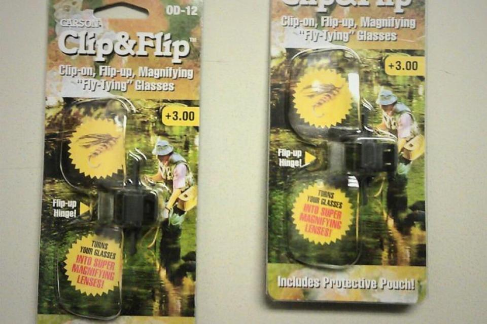CLIP-ON MAGNIFYING GLASSES / Set of Two Large Photo