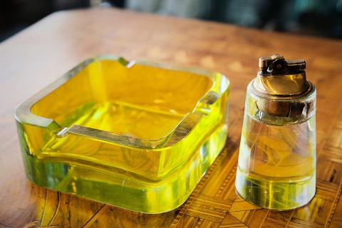 Murano Ashtray & Lighter Photo