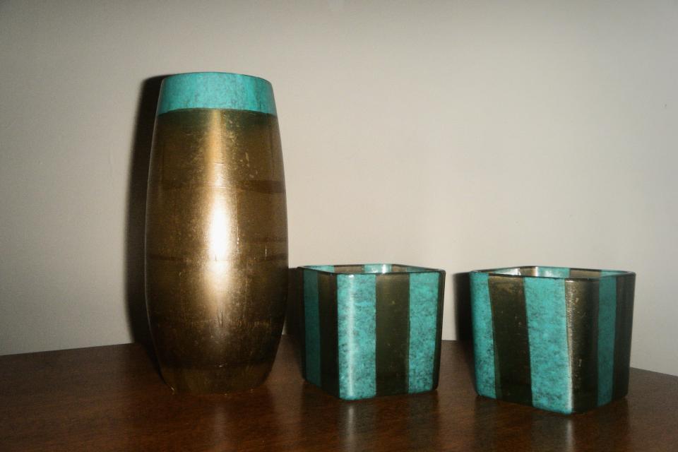 Vase w/ strip holders Large Photo