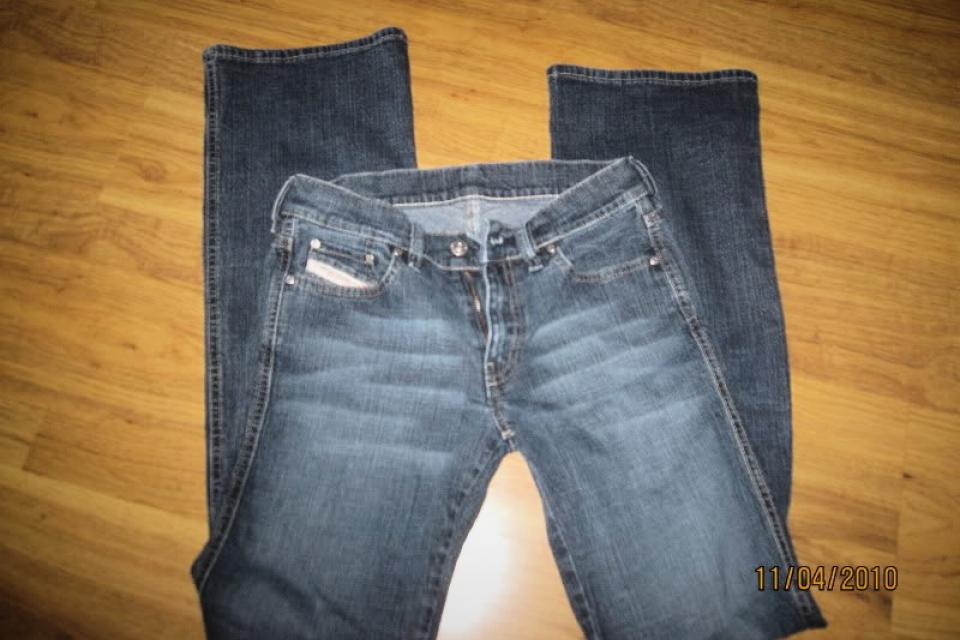 Diesel Jeans size 27 Large Photo