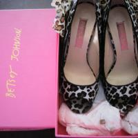 Betsey Johnson Leopard Heels Size 7 Photo