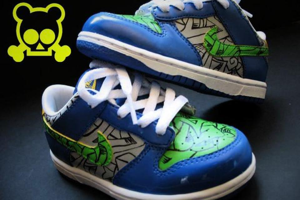 Custom NIKE Dunk Low -