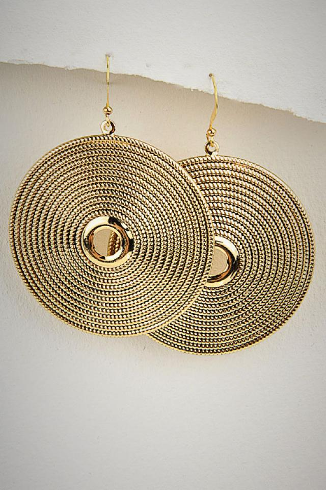 Ring Rope Pattern Gold Earrings Photo