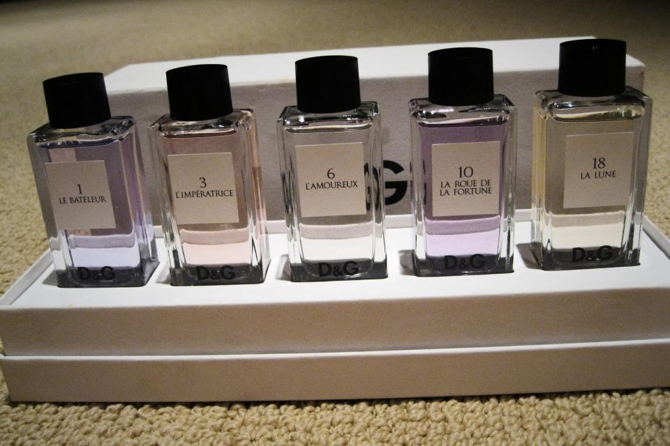 D&G Collectable Unisex perfume set Large Photo