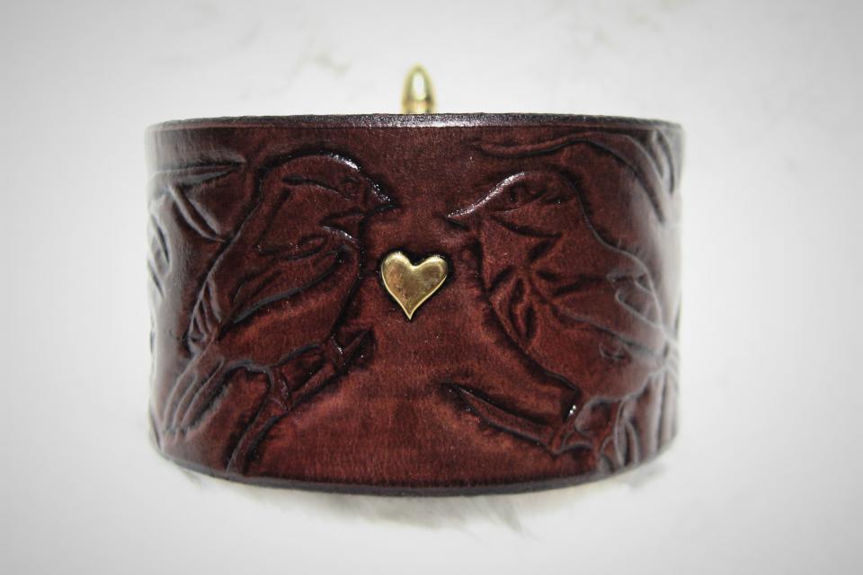Brass Love Birds Leather Bracelet Large Photo
