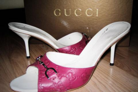 Gucci Violet Cyclamin Horse-bit Slide size 8.5 Photo