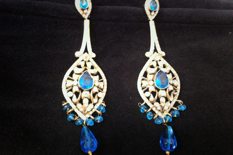 Blue stones and crystal chandelier earrings! Large Photo