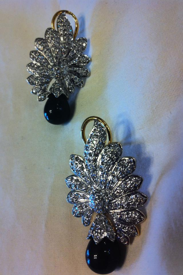 Black stone and crystal classy earrings! Large Photo