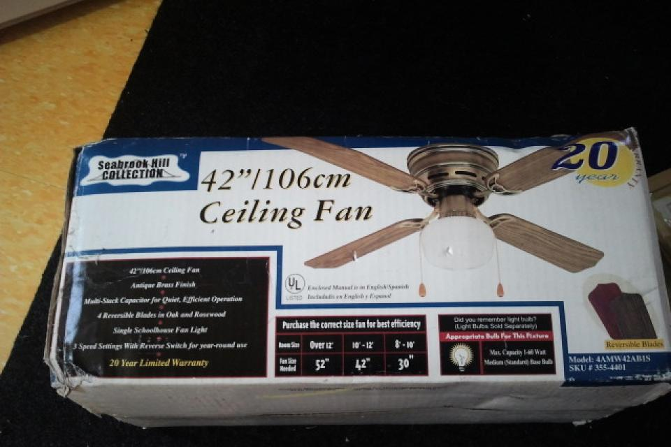 Ceiling fan Large Photo