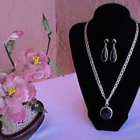 Silver Onyx pendant and earrings with silver chain for sale. Photo