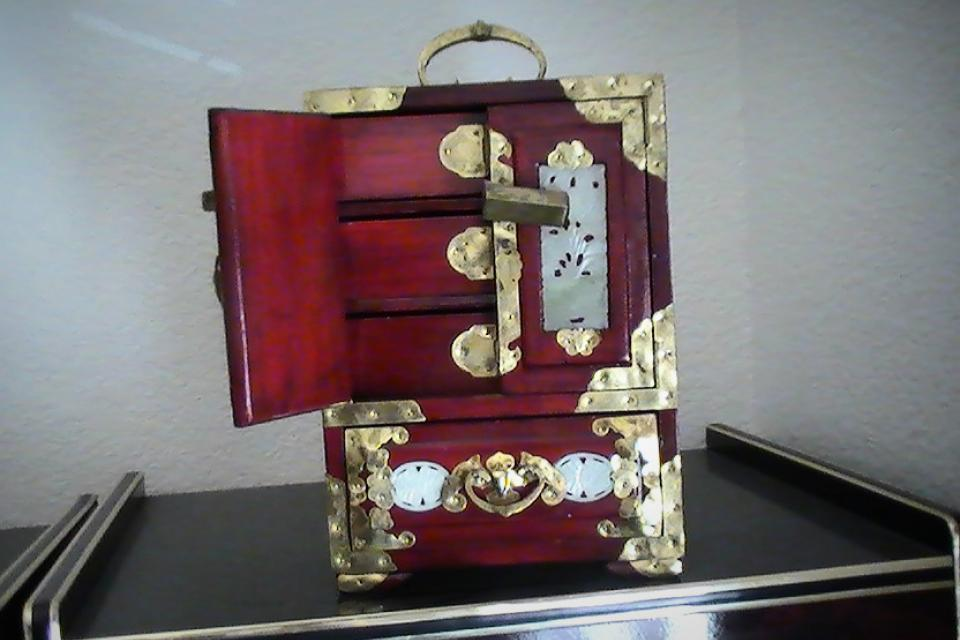 Asain Jewelry Box with Key    Large Photo
