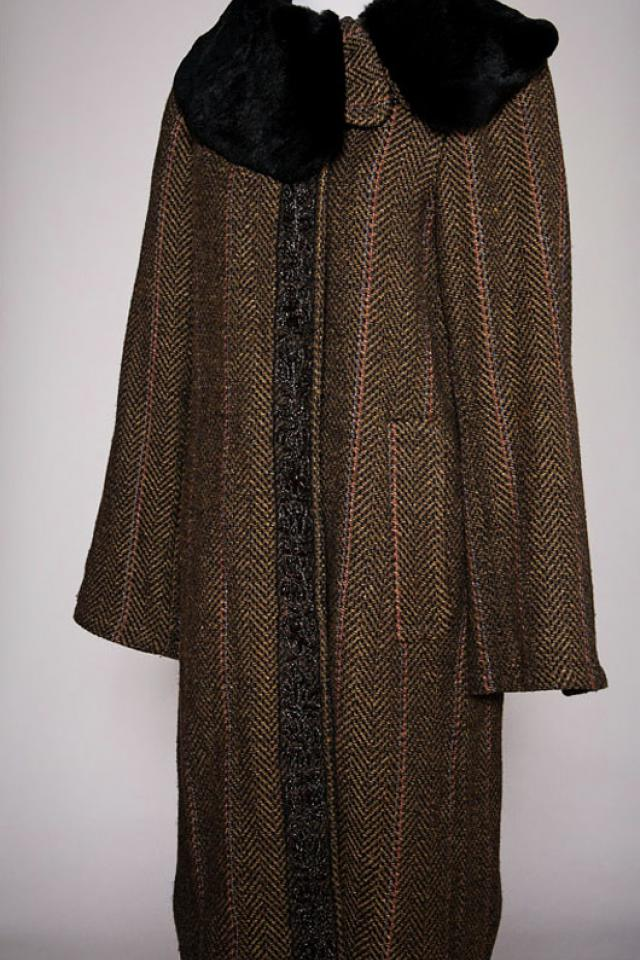 Antik Batik Coat Large Photo