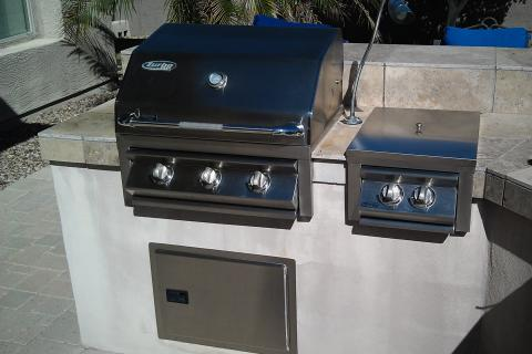 Stainless Steel BBQ, side burner, grill lamp Photo