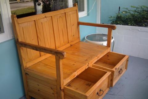 Large Pine bench with Draws Photo